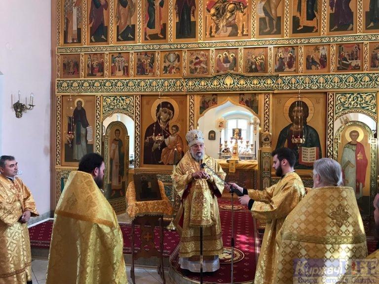 Праздничную службу в Свято-Никольском соборе на Селивановой Горе возглавил Епископ Александровский и Юрьев-Польский Иннокентий