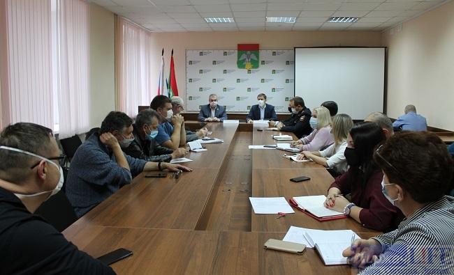 В администрации района прошло заседание оперативного штаба по противодействию распространения коронавирусной инфекции